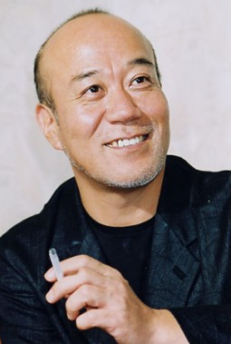 Escuchando a: Joe Hisaishi (久石 譲)